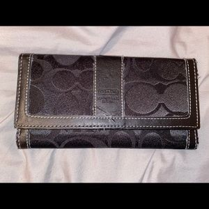 Vintage Coach Leatherware Long Wallet